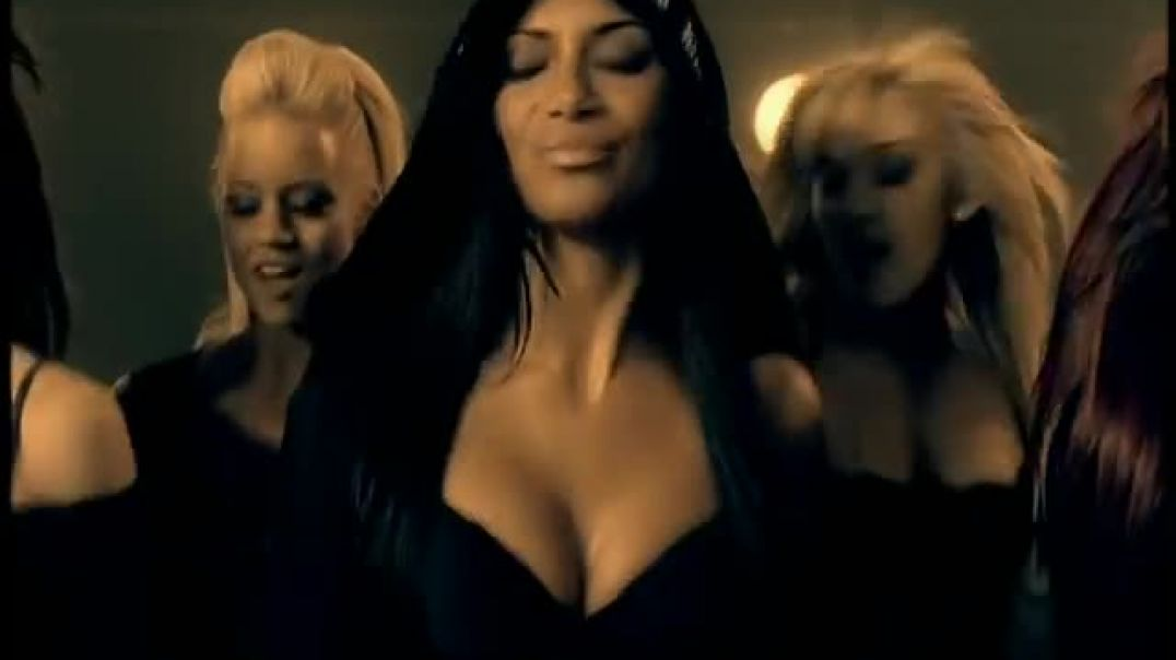 The Pussycat Dolls ft. Snoop Dogg - Buttons